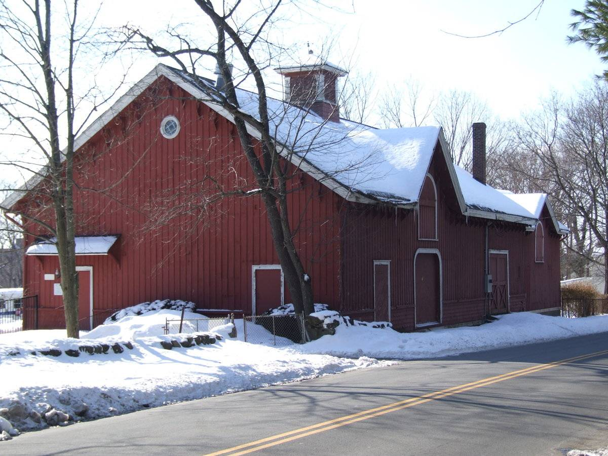 C j starr barn and carriage house for Carriage house barn